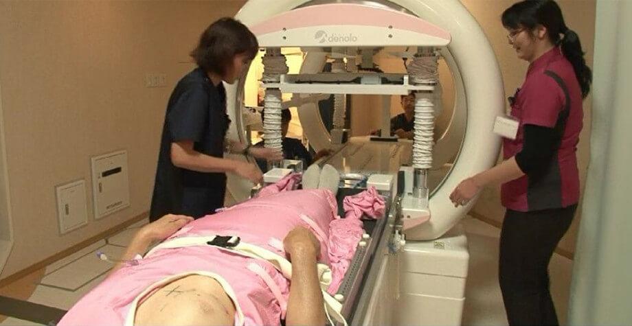 乳がんに対する陽子線単独治療の1例目